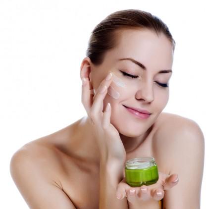 consejos para cuidar tu piel del frío crema facial hidratante