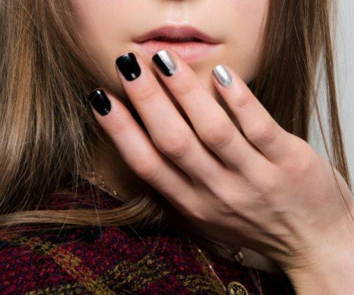 Mix uñas negras plata navideñas