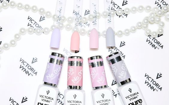Victoria Vynn_Pure Creamy Hybrid System
