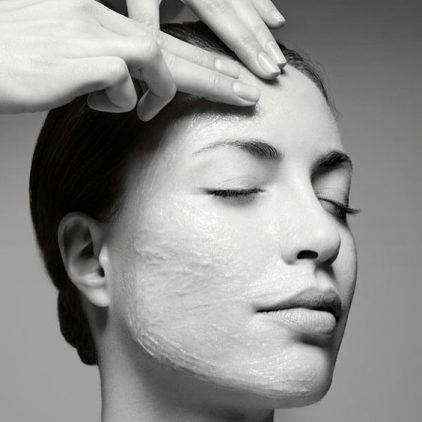 preparar la piel para el verano_exfoliación gommage