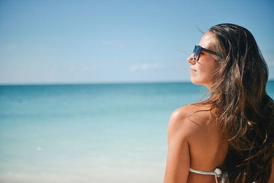 preparar la piel para el verano_mujer y playa