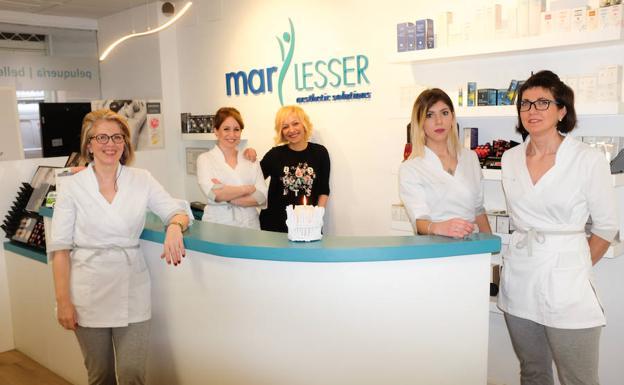 limpieza de cutis en Granada equipo Mar Lesser