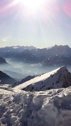 ¿debo proteger mi piel cuando subo a la montaña? rayos solares
