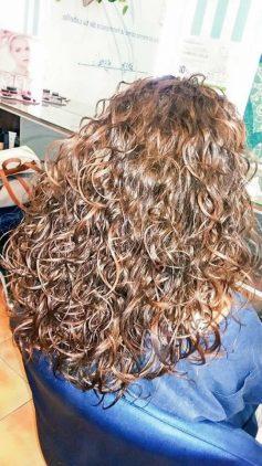 peluquería en el centro de Granada ondas surferas